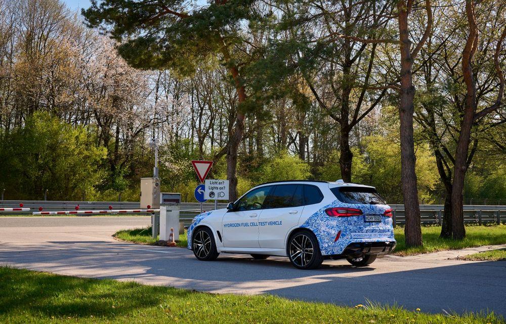 BMW a început testele cu prototipul i Hydrogen Next, un X5 electric alimentat cu hidrogen - Poza 11