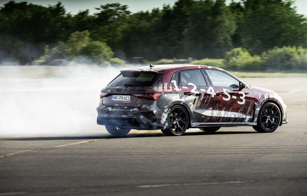 Primele imagini cu noul Audi RS3: motor de 400 de cai și o setare specială pentru drifturi - Poza 13