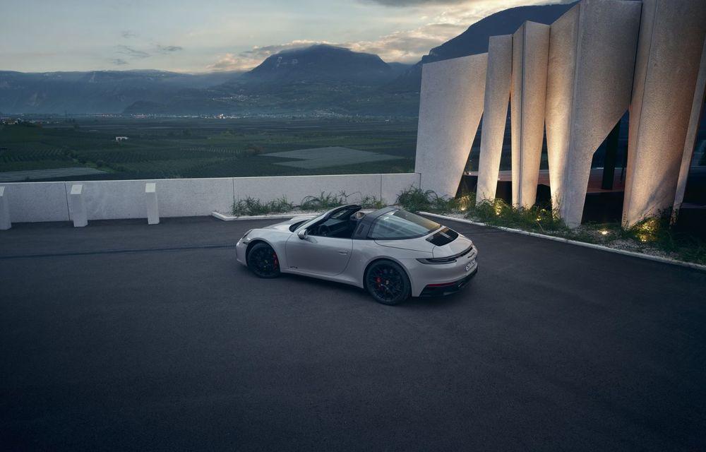 Noul Porsche 911 GTS: 480 de cai putere și transmisie manuală cu 7 trepte - Poza 12