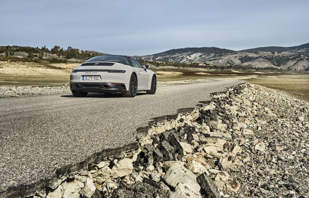 Noul Porsche 911 GTS: 480 de cai putere și transmisie manuală cu 7 trepte - Poza 7