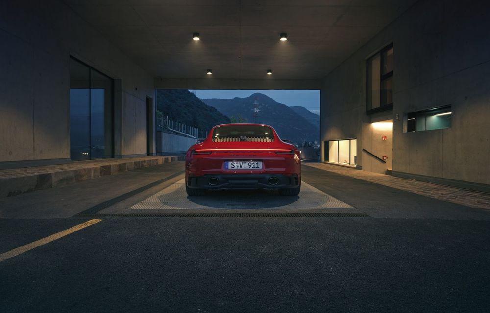 Noul Porsche 911 GTS: 480 de cai putere și transmisie manuală cu 7 trepte - Poza 24