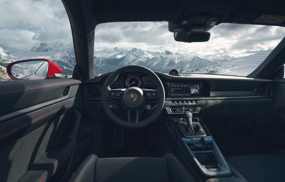 Noul Porsche 911 GTS: 480 de cai putere și transmisie manuală cu 7 trepte - Poza 27