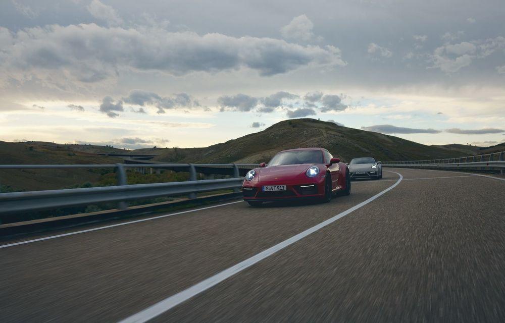 Noul Porsche 911 GTS: 480 de cai putere și transmisie manuală cu 7 trepte - Poza 22