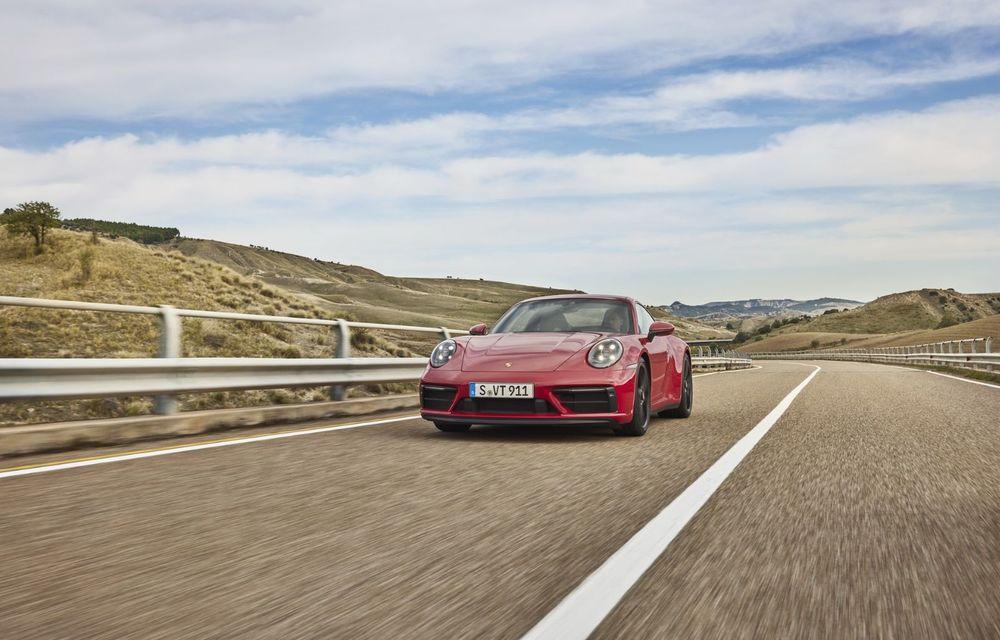 Noul Porsche 911 GTS: 480 de cai putere și transmisie manuală cu 7 trepte - Poza 16