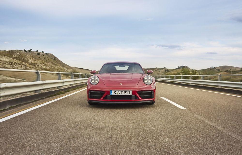 Noul Porsche 911 GTS: 480 de cai putere și transmisie manuală cu 7 trepte - Poza 17