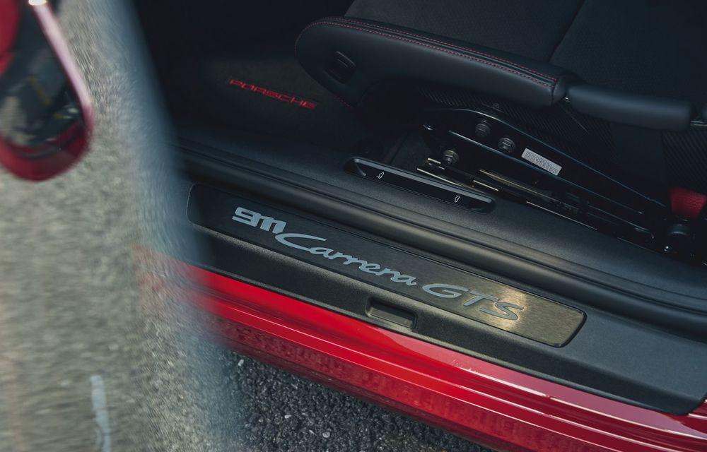 Noul Porsche 911 GTS: 480 de cai putere și transmisie manuală cu 7 trepte - Poza 35