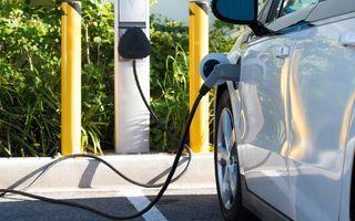 Studiu: Vânzările de electrice vor depăși vânzările de mașini diesel și pe benzină în 2033