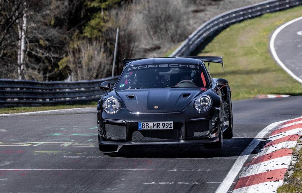 Porsche 911 GT2 RS, modificat de Manthey Racing, a devenit cea mai rapidă mașină de stradă de pe Nurburgring - Poza 2