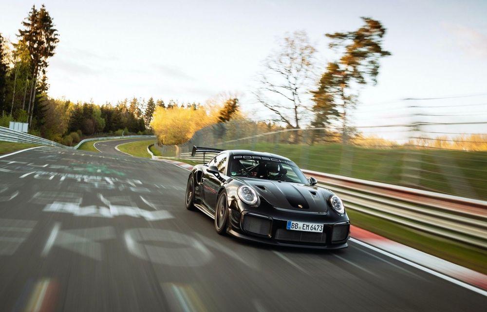 Porsche 911 GT2 RS, modificat de Manthey Racing, a devenit cea mai rapidă mașină de stradă de pe Nurburgring - Poza 3
