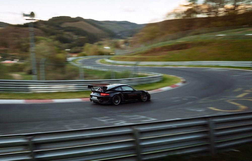 Porsche 911 GT2 RS, modificat de Manthey Racing, a devenit cea mai rapidă mașină de stradă de pe Nurburgring - Poza 5