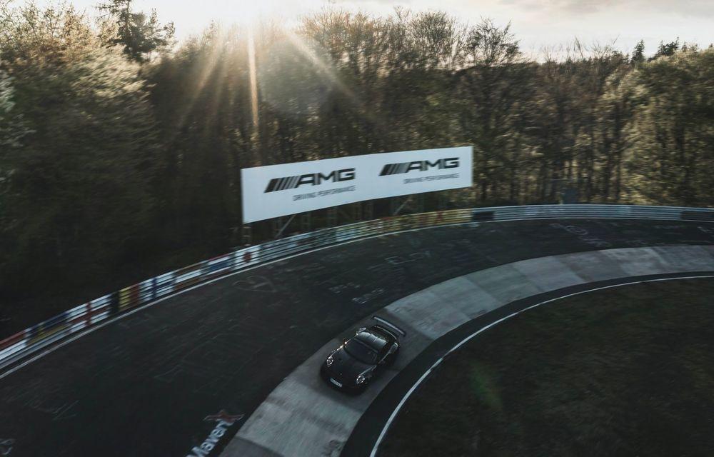 Porsche 911 GT2 RS, modificat de Manthey Racing, a devenit cea mai rapidă mașină de stradă de pe Nurburgring - Poza 9