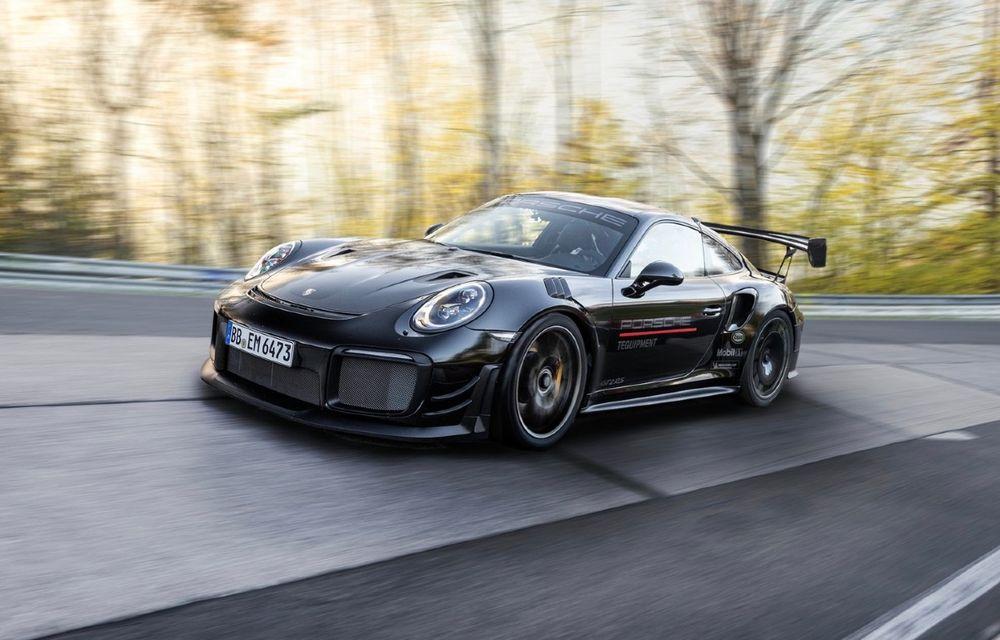 Porsche 911 GT2 RS, modificat de Manthey Racing, a devenit cea mai rapidă mașină de stradă de pe Nurburgring - Poza 1