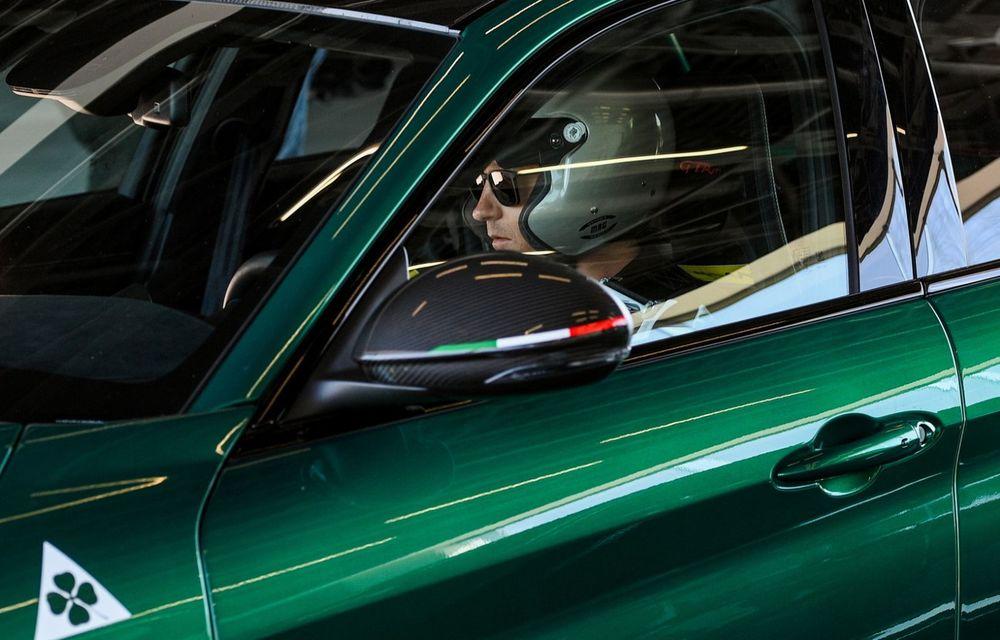 Cum se simte noua Alfa Romeo Giulia GTAm în mâinile unui fost campion mondial de Formula 1 - Poza 3