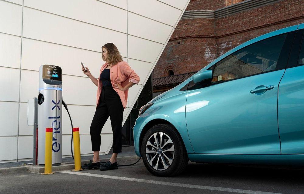 Enel X a instalat puncte de încărcare pentru mașini electrice în supermarketurile Mega Image din București și alte patru județe - Poza 1