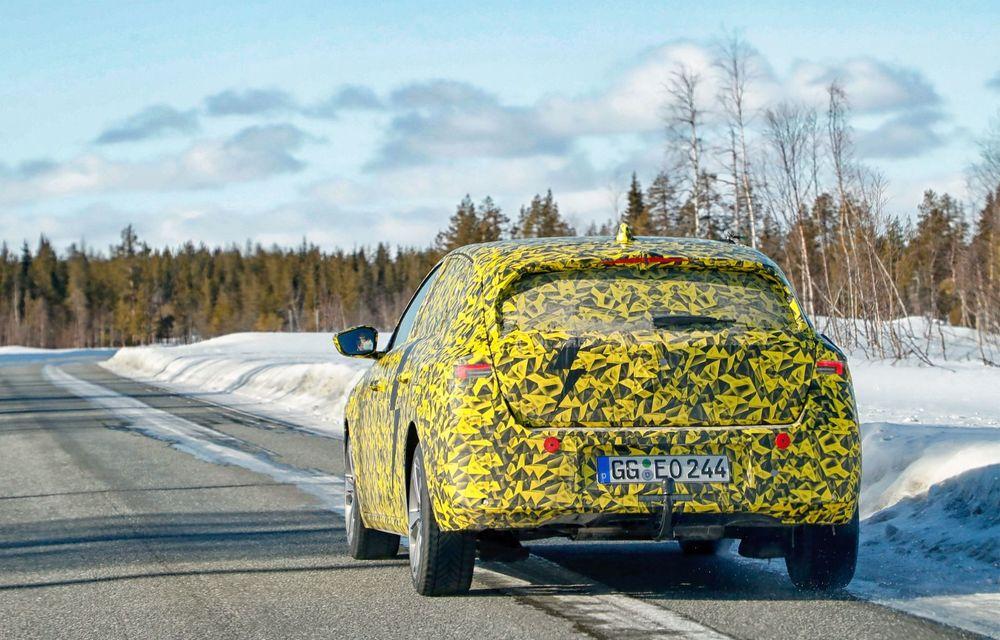 Opel dezvăluie primele imagini sub camuflaj cu noua generație Astra - Poza 3