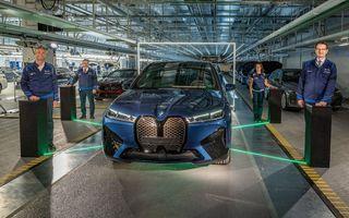 BMW a început producția de serie pentru SUV-ul electric iX la uzina din Dingolfing