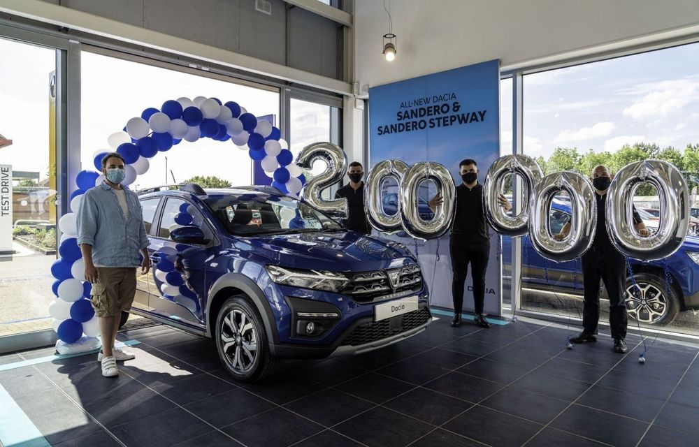 Dacia a atins borna 200.000 în Marea Britanie - Poza 1