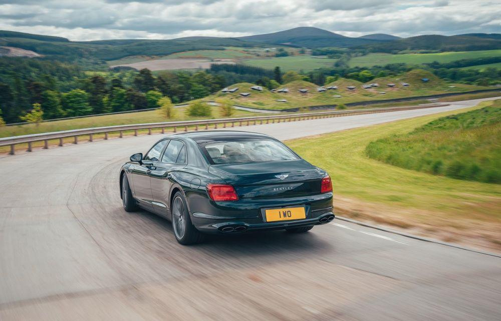 Bentley Flying Spur Hybrid debutează cu 544 CP și 40 de kilometri autonomie electrică - Poza 3