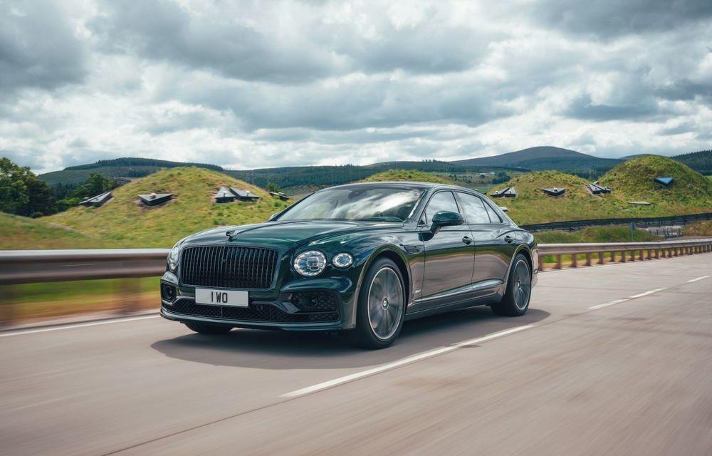 Bentley Flying Spur Hybrid debutează cu 544 CP și 40 de kilometri autonomie electrică - Poza 2