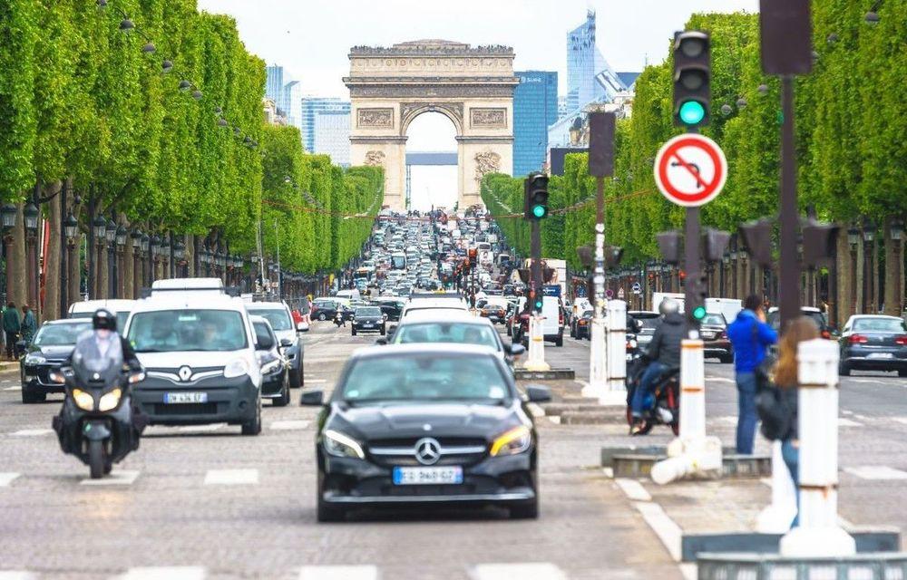 Franța legiferează folosirea mașinilor autonome pe drumuri publice, pe răspunderea producătorilor - Poza 1