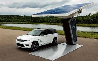 Primele imagini cu viitorul Jeep Grand Cherokee plug-in hybrid. Debutează în luna august