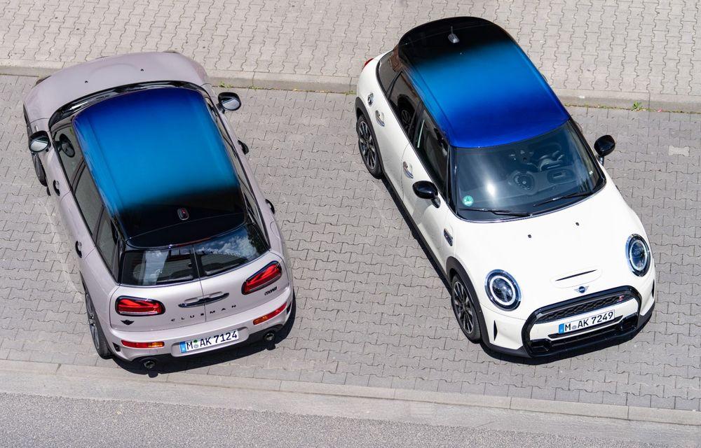 Mini Hatch și Clubman primesc plafonul Multitone, cu design în trei culori - Poza 1