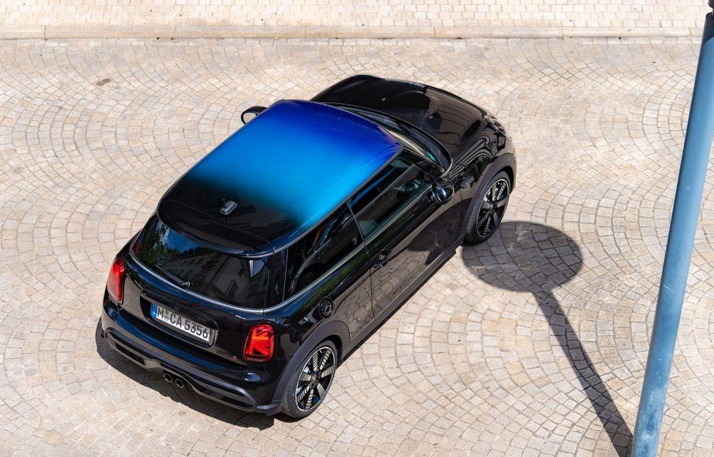 Mini Hatch și Clubman primesc plafonul Multitone, cu design în trei culori - Poza 14