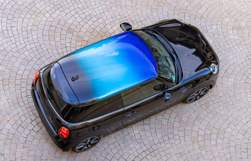 Mini Hatch și Clubman primesc plafonul Multitone, cu design în trei culori - Poza 13