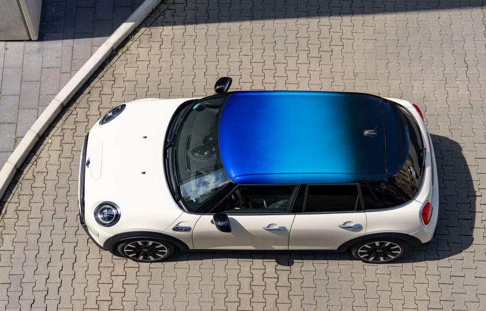 Mini Hatch și Clubman primesc plafonul Multitone, cu design în trei culori - Poza 7