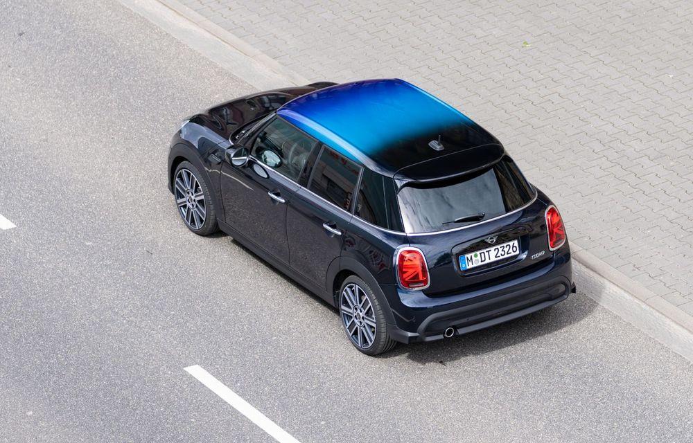 Mini Hatch și Clubman primesc plafonul Multitone, cu design în trei culori - Poza 16