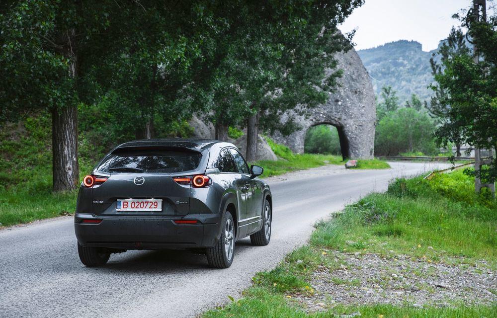Un prânz gourmet, alimentat cu energie ENGIE: am testat autonomia lui Mazda MX-30 până la Valea Doftanei - Poza 47