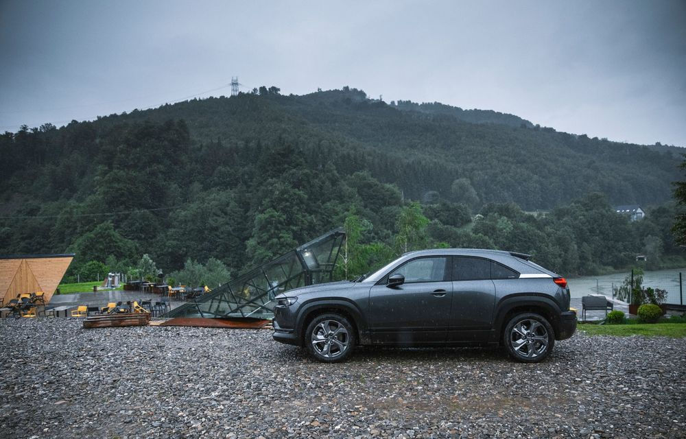 Un prânz gourmet, alimentat cu energie ENGIE: am testat autonomia lui Mazda MX-30 până la Valea Doftanei - Poza 56