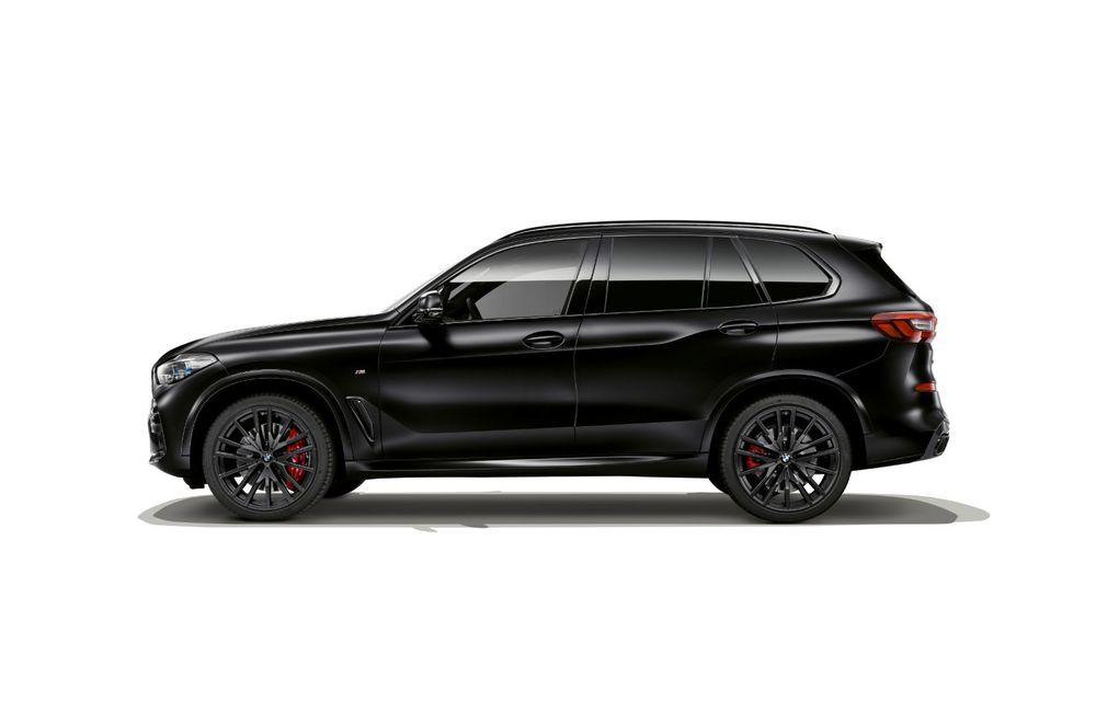 Ediții speciale pentru BMW X5, X6 și X7: vopsea exterioară neagră și accente roșii pentru grila frontală - Poza 4