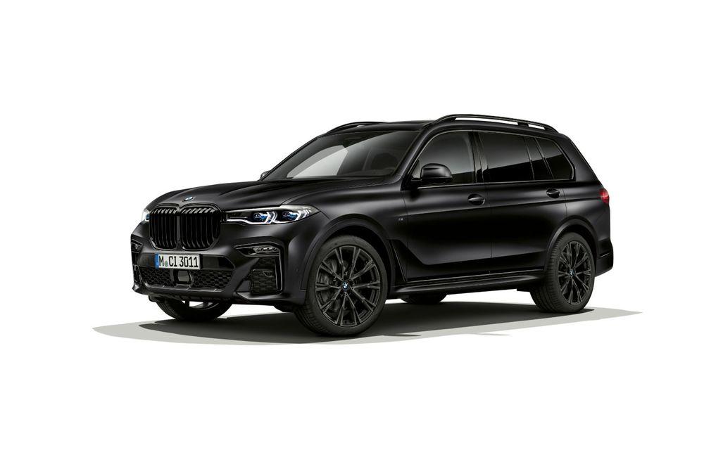 Ediții speciale pentru BMW X5, X6 și X7: vopsea exterioară neagră și accente roșii pentru grila frontală - Poza 10