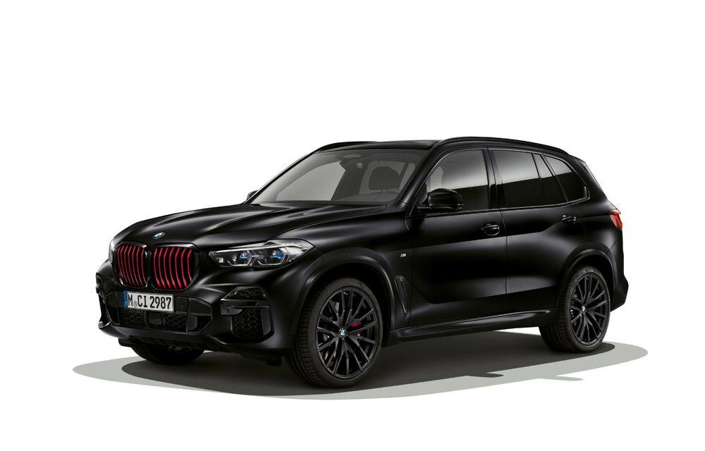 Ediții speciale pentru BMW X5, X6 și X7: vopsea exterioară neagră și accente roșii pentru grila frontală - Poza 2