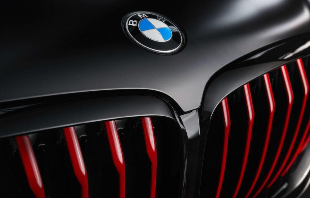 Ediții speciale pentru BMW X5, X6 și X7: vopsea exterioară neagră și accente roșii pentru grila frontală - Poza 29