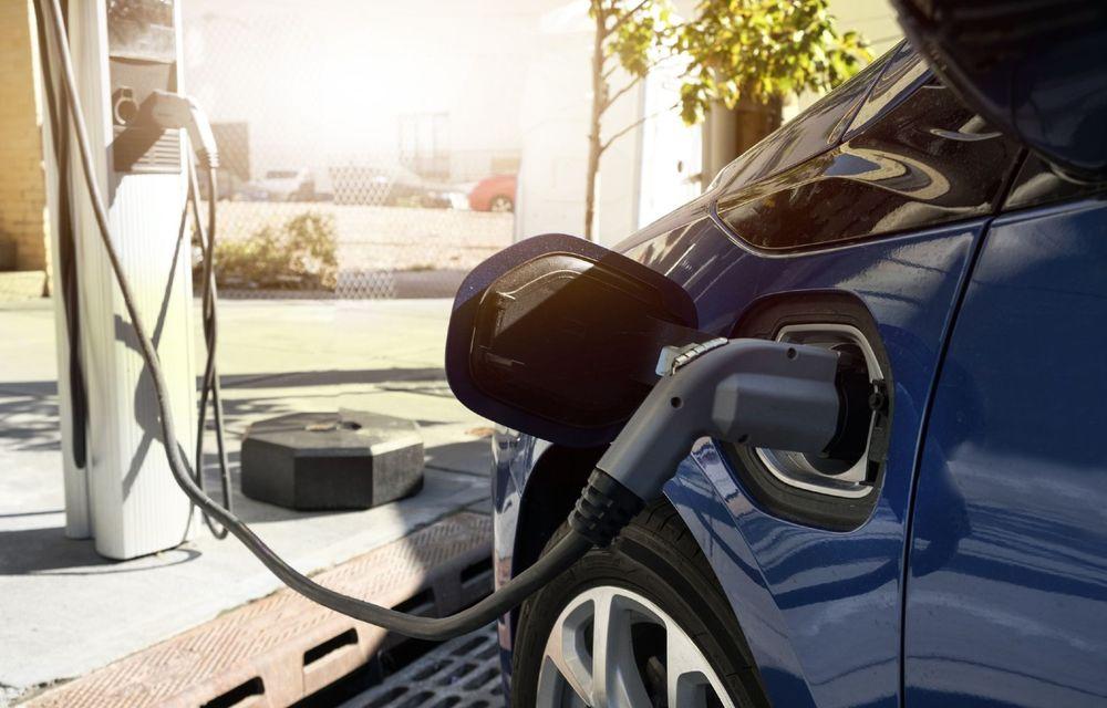Uniunea Europeană ar putea interzice vânzarea de mașini noi, cu motoare termice, din 2035 - Poza 1