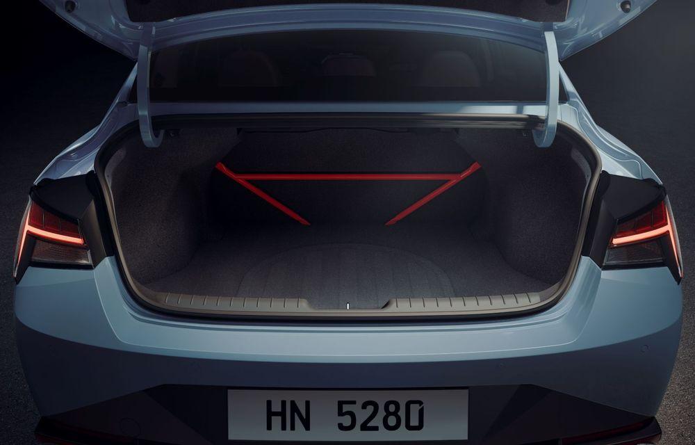 OFICIAL: Hyundai Elantra N debutează cu 280 de cai putere și transmisie manuală - Poza 12