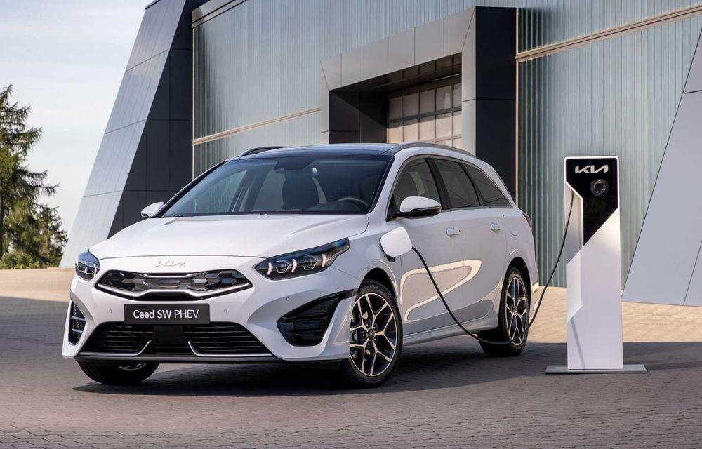 Kia Ceed facelift: grilă frontală revizuită, faruri restilizate și motor nou de 1.5 litri - Poza 6