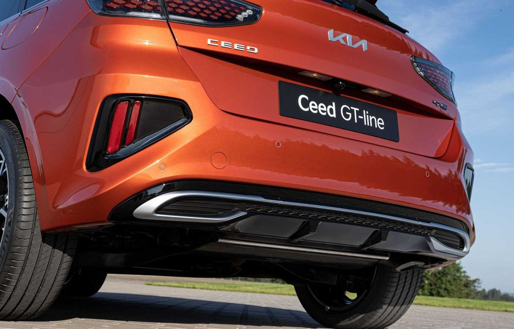 Kia Ceed facelift: grilă frontală revizuită, faruri restilizate și motor nou de 1.5 litri - Poza 24