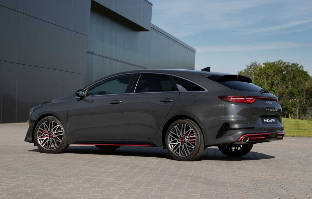 Kia Ceed facelift: grilă frontală revizuită, faruri restilizate și motor nou de 1.5 litri - Poza 12