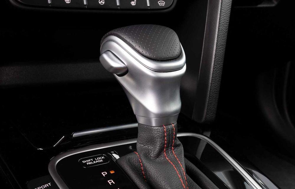 Kia Ceed facelift: grilă frontală revizuită, faruri restilizate și motor nou de 1.5 litri - Poza 16
