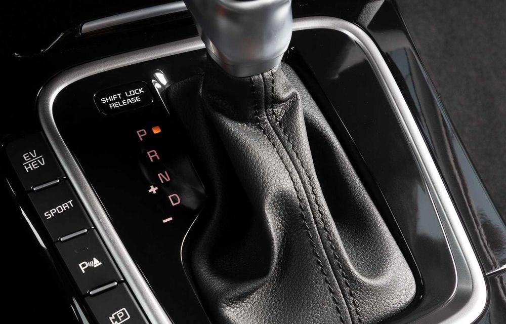 Kia Ceed facelift: grilă frontală revizuită, faruri restilizate și motor nou de 1.5 litri - Poza 17