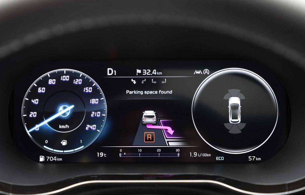 Kia Ceed facelift: grilă frontală revizuită, faruri restilizate și motor nou de 1.5 litri - Poza 14
