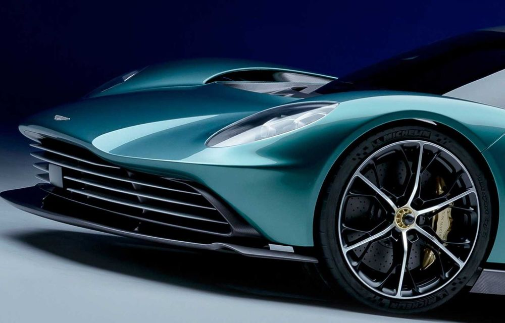 Versiunea de producție Aston Martin Valhalla: motor V8, două unități electrice și 950 CP - Poza 6