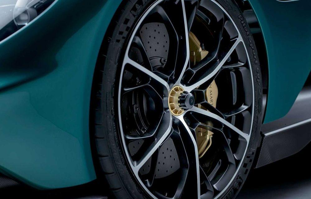 Versiunea de producție Aston Martin Valhalla: motor V8, două unități electrice și 950 CP - Poza 12