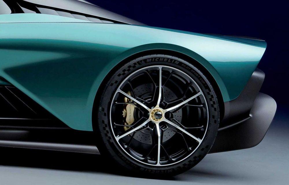 Versiunea de producție Aston Martin Valhalla: motor V8, două unități electrice și 950 CP - Poza 13