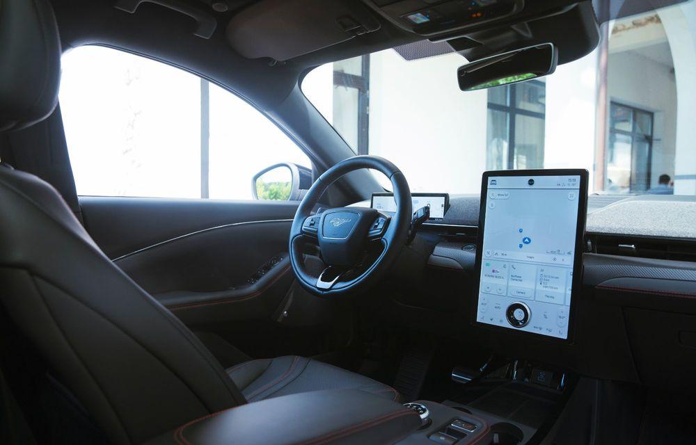8 lucruri pe care trebuie să le știi despre noul Ford Mustang Mach-E: am fost primii jurnaliști care au condus mașina în România - Poza 22