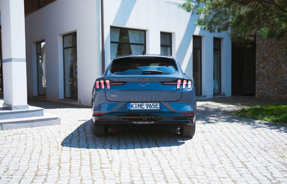 8 lucruri pe care trebuie să le știi despre noul Ford Mustang Mach-E: am fost primii jurnaliști care au condus mașina în România - Poza 5