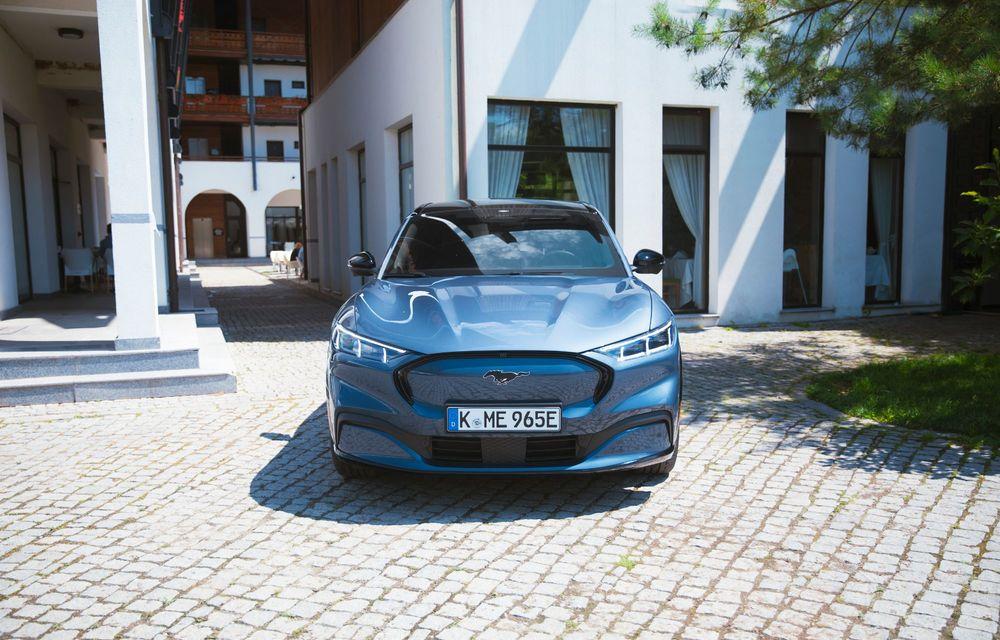 8 lucruri pe care trebuie să le știi despre noul Ford Mustang Mach-E: am fost primii jurnaliști care au condus mașina în România - Poza 6